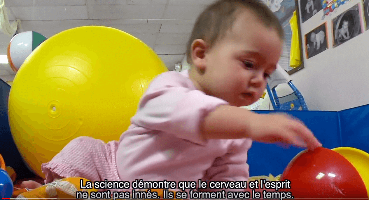 Screenshot of Executive Function video with French subtitles